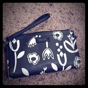 Black and white Relic wallet